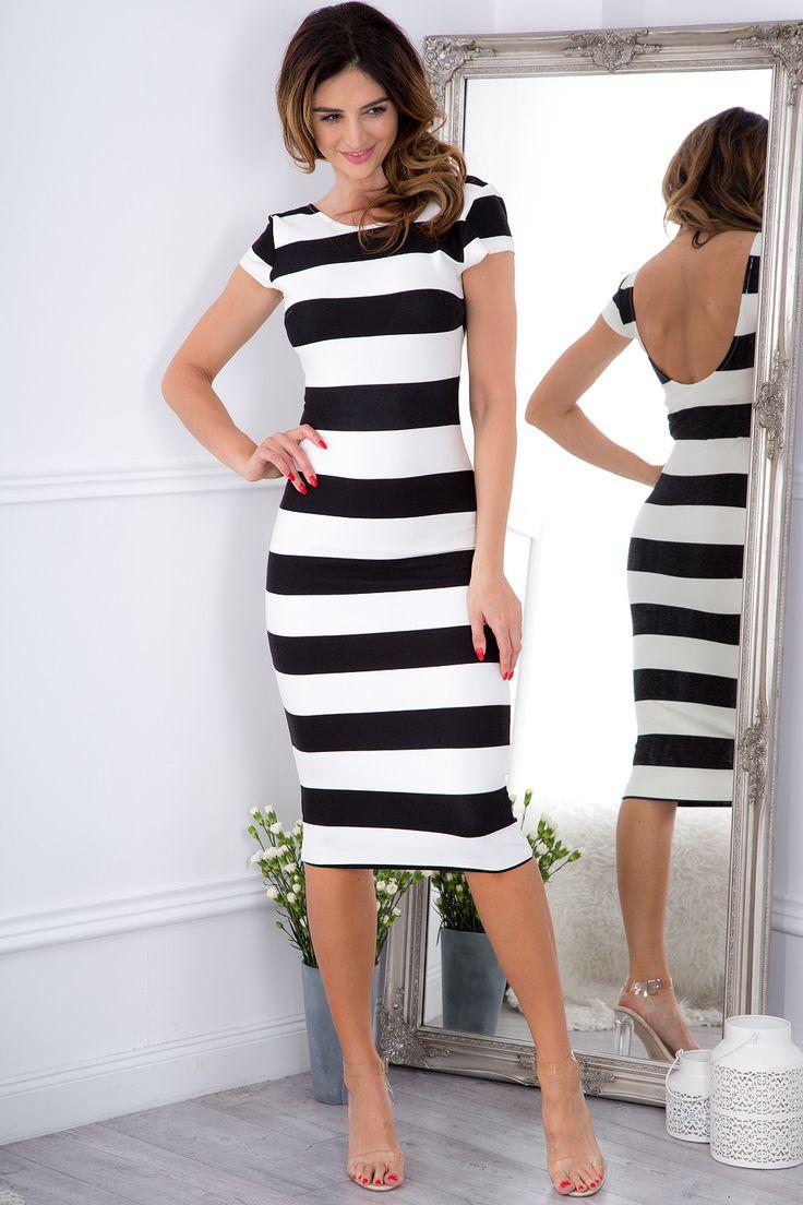 Dopasowana sukienka w pasy 5114