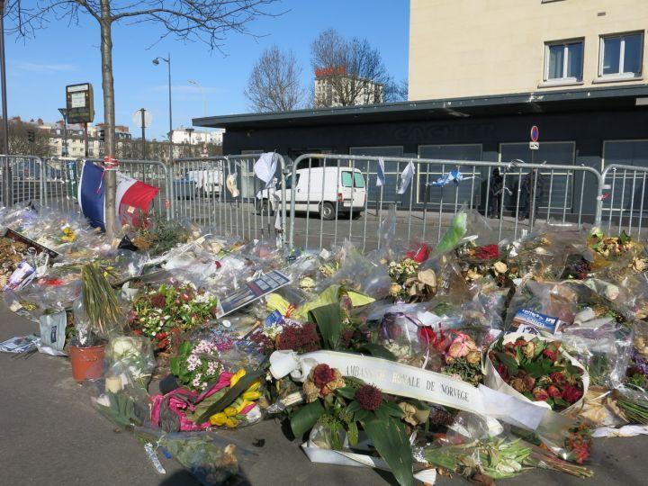 VIDEO. Attentats de Paris : l'Hyper Cacher rouvre dimanche en présence de Cazeneuve