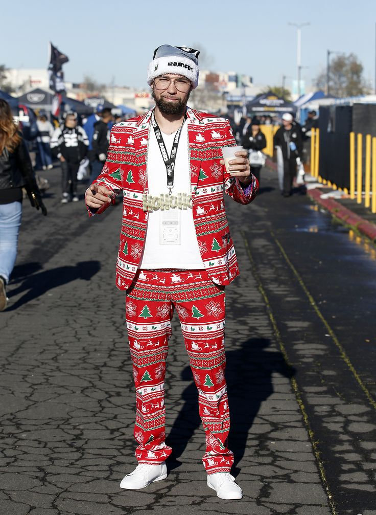 When you want to suit-up for gameday, but it's the holidays too. (AP/Avelar)