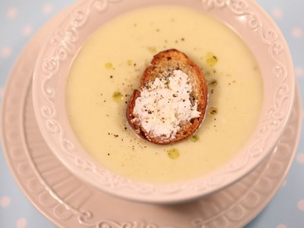 Supa+crema+de+praz+si+cartofi