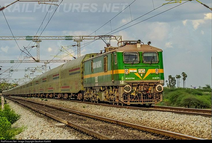 RailPictures.Net Photo: 31825 Indian Railways WAG-9Hi at Vellore, India by Gautham Karthik
