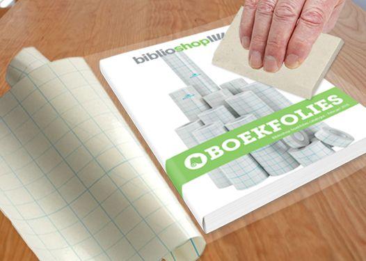 Een boekrakel is een handig hulpmiddel om boeken luchtbelvrij te plastificeren. Zo bent u gegarandeerd van een professionele uitstraling!