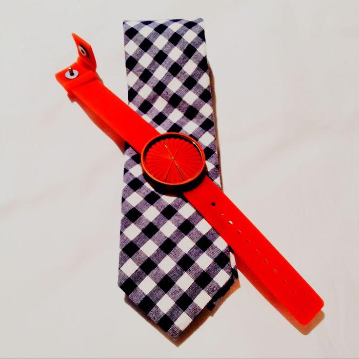 Designová krása v podobě hodinek NAVA Plicate. K dostání na našem e-shopu stejně jako mnoho dalších značek. http://www.24time.cz/plicate-oranzove/
