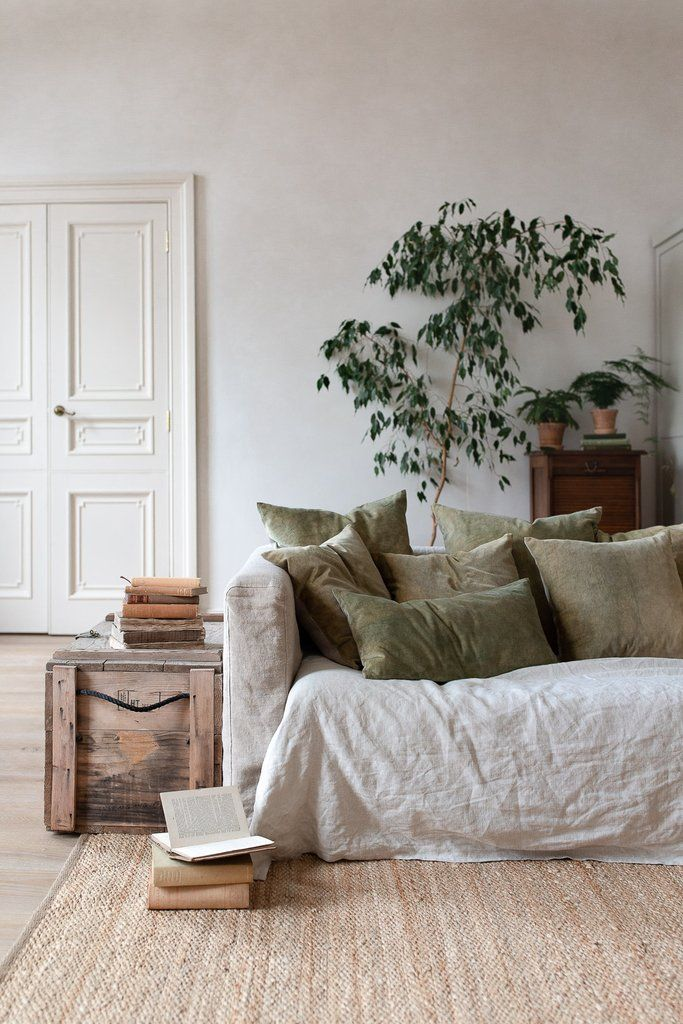 THE SLOW APPROACH TO CRAFTING A HOME