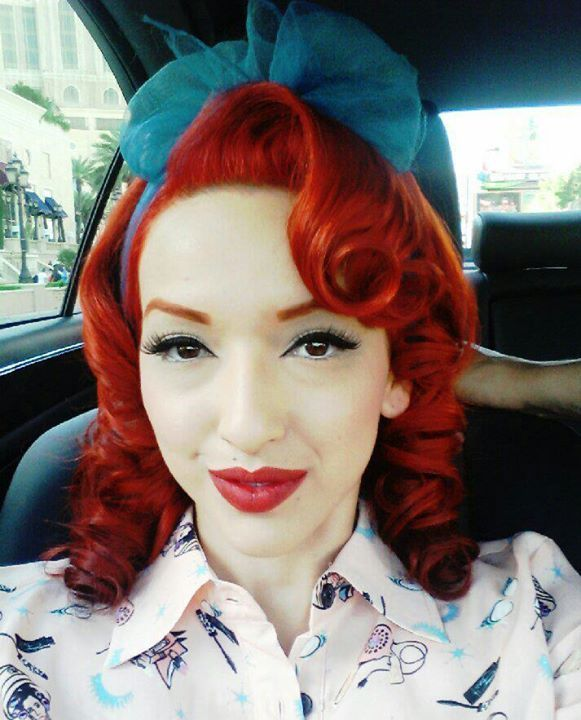 Need a few rockabilly hairstyle ideas? Well, we got you covered! We found some cute ideas for you and all you friends. Everything from up-dos and curls, you will find something here.