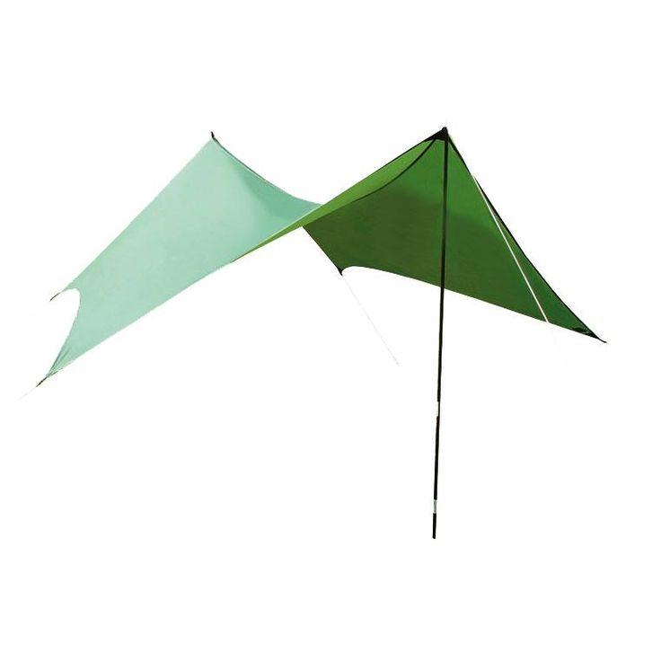 Deze 3 seizoens Cliffhanger tarp van het merk Lowland is zowel vrijstaand, als in combinatie met een tent te gebruiken. De Cliffhanger tarp beschermt u tegen regen en zon en is snel op te zetten. Deze tarp wordt geleverd inclusief 1 aluminium stok, haringen en scheerlijnen. De afmetingen zijn 270 x 300 cm. € 79,00