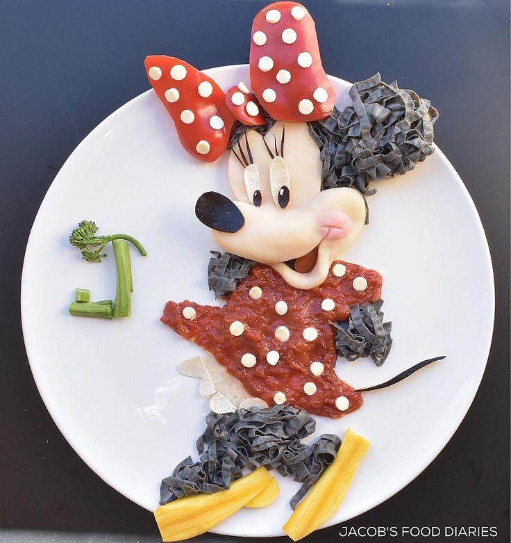 MINNIE MOUSE by JACOB'S FOOD DIARIES (@jacobs_food_diaries) Black bean pasta with Napoletana sauce, sweet potato / potato mash, yellow carrots, red capsicum & bocconcini