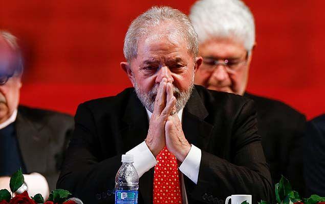 A pena determinada pelo juiz Sergio Moro ao ex-presidente Luiz Inácio Lula da Silva, 71 nesta quarta (12), por corrupção e lavagem de dinheiro, é menor do que a de outros políticos que também foram condenados pelo magistrado na Lava Jato.