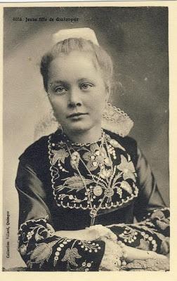 Jeune fille de Quimper