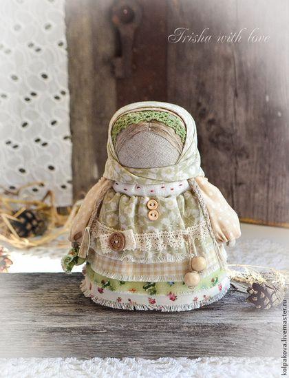 """Народные куклы ручной работы. Ярмарка Мастеров - ручная работа куколка Девочка с конфетой """"Фисташковая"""".. Handmade."""