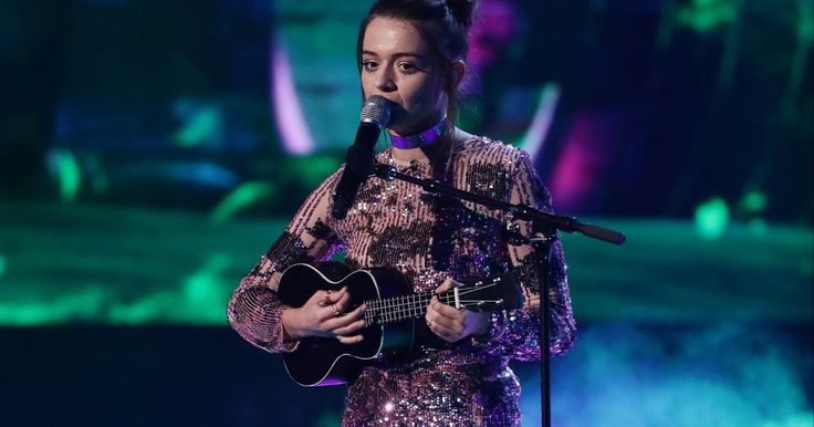 X Factor's Emily Middlemas accused of 'stealing' Toxic ukulele cover from The Voice US star #factor #emily #middlemas #accused #stealing…