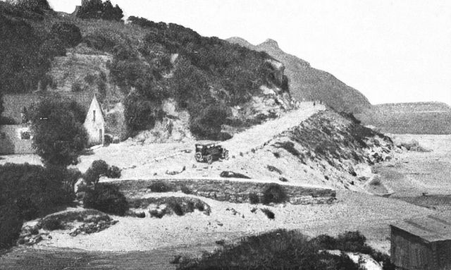 The commencement of Chapman's Peak Drive 1922
