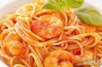 Espaguete ao molho de camarão