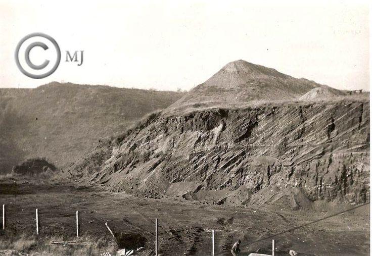 Widok na hałdy na Georgshutte.Lata 70 XX wieku.( fot.ze zbiorów Henryka Nikisza)
