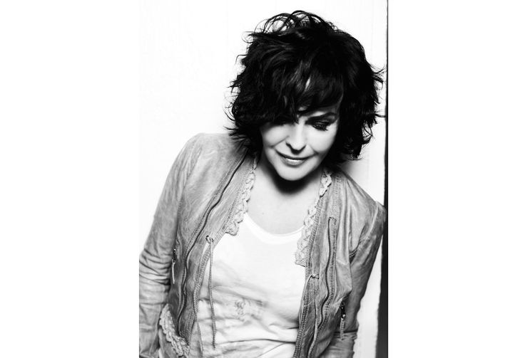 Singer Paula Koivuniemi. Photo: Katja Lösönen, www.katjalosonen.com