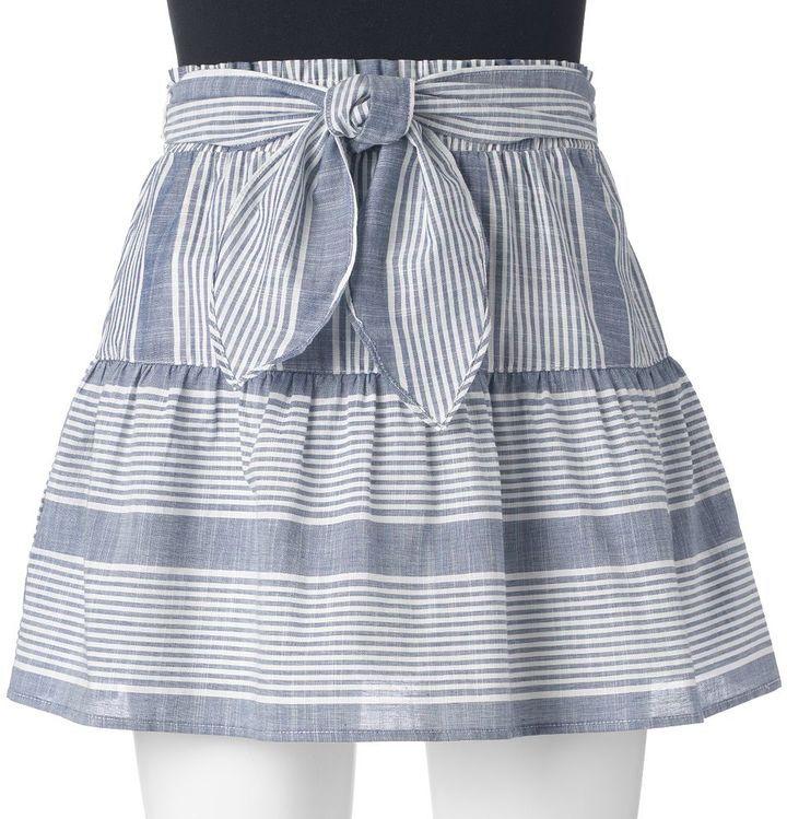 Juniors' Joe B Knot-Front Skirt
