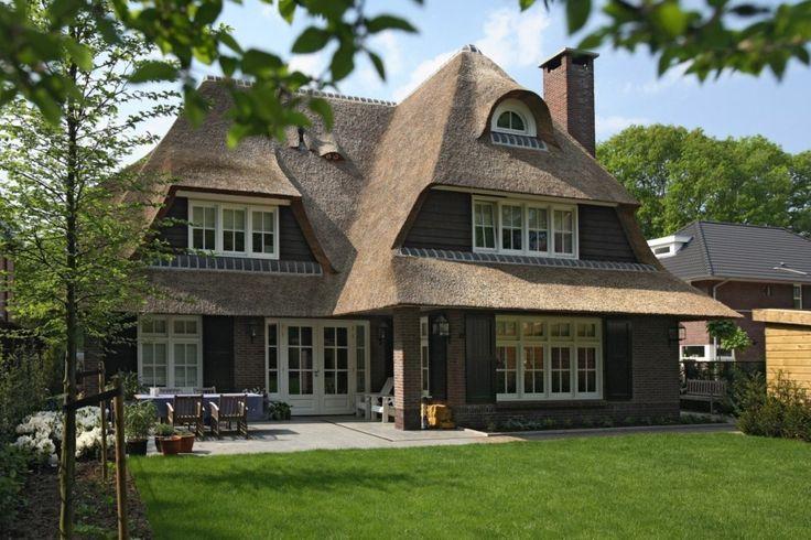 1. Prachtige villa gelegen in een zeer gewillige wijk te Zeist