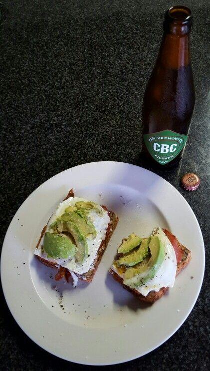 #craftbeer #pilsner #cbc #capebrewing #bacon #avocado #cottagecheese #egg #toast #lineseedbread