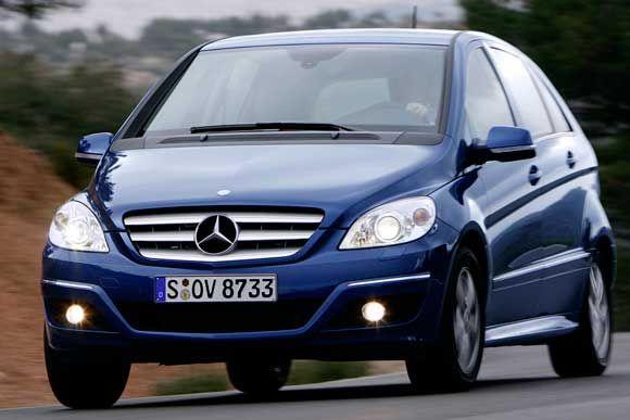 Confira os dados técnicos do Mercedes-Benz B180 Family 1.7 2010. Potência, desempenho e mais