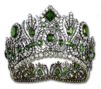 Marie Louise of France Emerald Tiara before being replaced with Turquoise by Van Cleef & Arpels