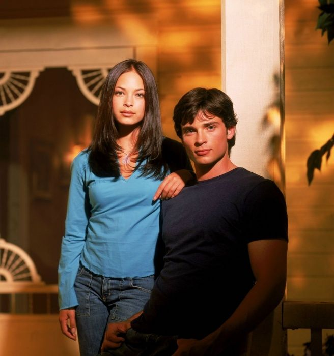 Smallville Season 2 Promo - Tom Welling as Clark Kent and Kristin Kreuk as Lana Lang