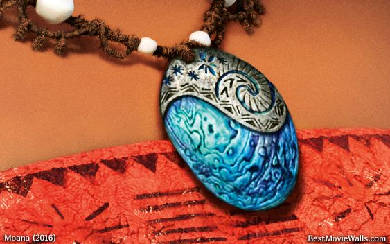 The #pendant that #Moana wears is so #beautiful up close!
