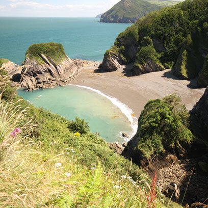 hidden coves beaches in the south west