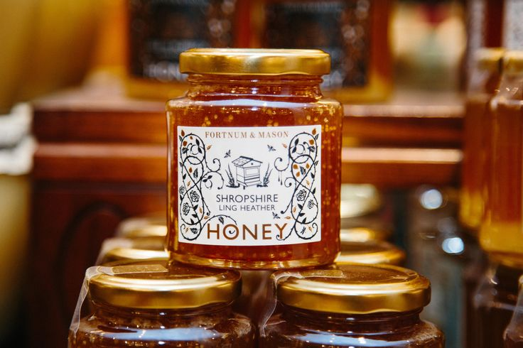 #Honey #British #BritishIsles #Bees #Beehive #UrbanBeeKeeping #WildHoney #QueenBee #FoodHall #Piccadilly #Fortnums #FortnumAndMason