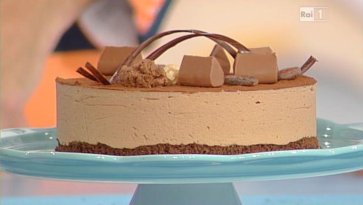 La ricetta della torta gianduia di Anna Moroni e Guido Castagna del 6 novembre 2014 - Dolci dopo il tiggì