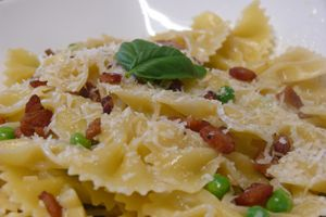 A Light, Summer Italian Pasta Dish with Peas, Pancetta, and Parmesan in a White Wine Sauce