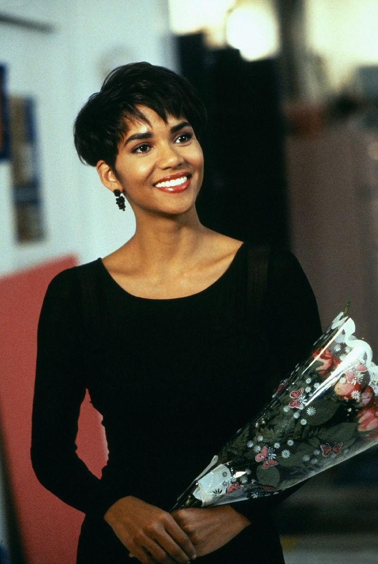 Halle Berry (90s) - Page 3