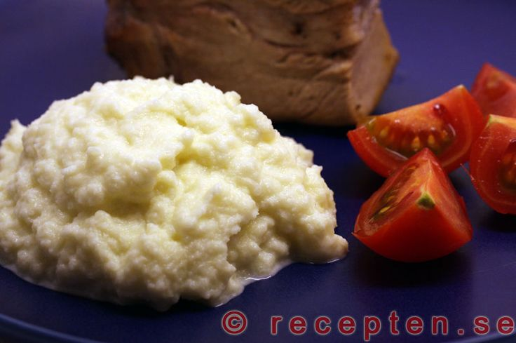 Blomkålsmos - Recept på Blomkålsmos. Supergott och enkelt! Bra LCHF-alternativ till potatis, pasta och ris. Bilder steg för steg!