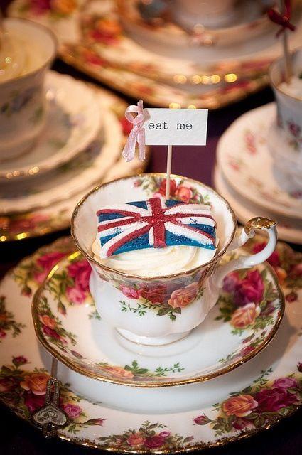 Very British. Royal Albert Old Country Rose