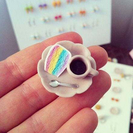 #bijouxgourmands #fimo #rainbowcake #cake #coffee #café #cafégourmand #gouter #miniaturefood #polymerclay #jewels #bijoux #gourmands #cakes #colorful #tiny #food #miniatures #sweets #sugarpopcreation #france #collection #été #arc-en-ciel #france #salon #kawaii #tiny #cute #funny #jewelry