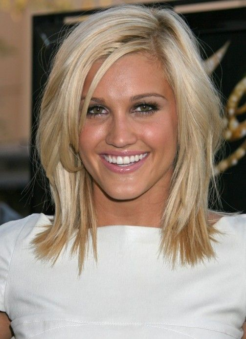 cute haircuts for women | Cute Medium Length Hairstyle: Medium Straight Hair Style | Hairstyles ...