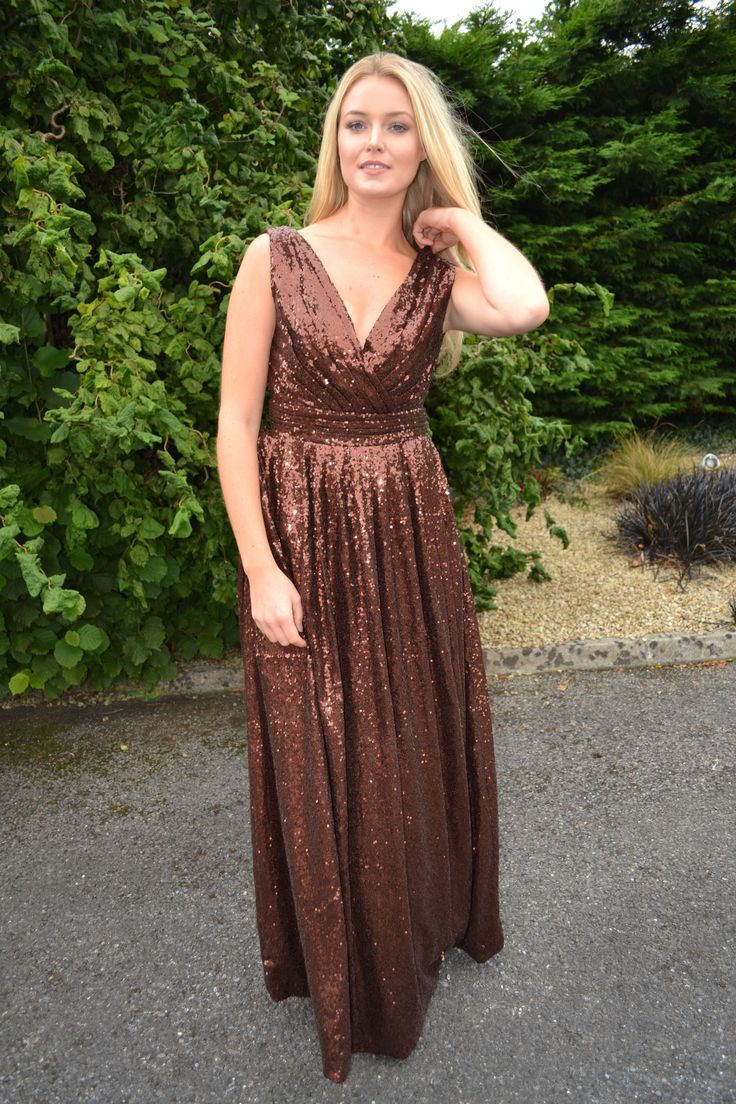 The 'Rosie'- our classic style, now available in chocolate brown! Get ready for those fall weddings, and wear it right through to next year ahead of the trends. Ultra flattering dress for bridesmaids and formals!