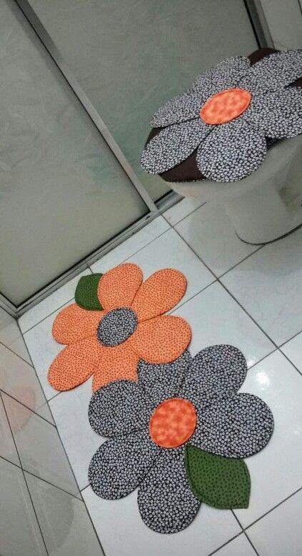 Jogo de banheiro em patchwork.