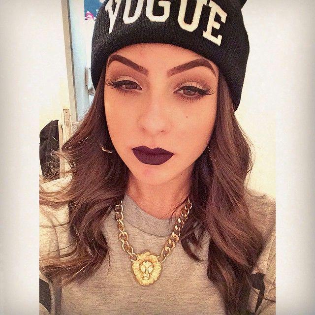 Amanda Pontes on YouTube