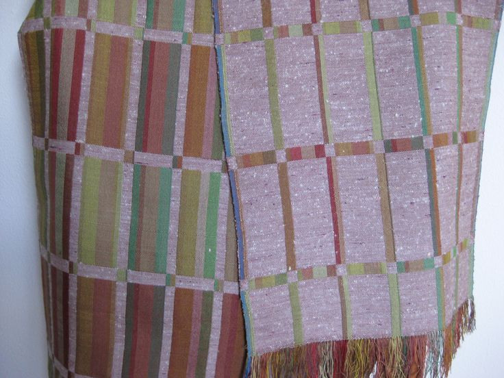 Tørklæde dobbeltvævet i ren silke.