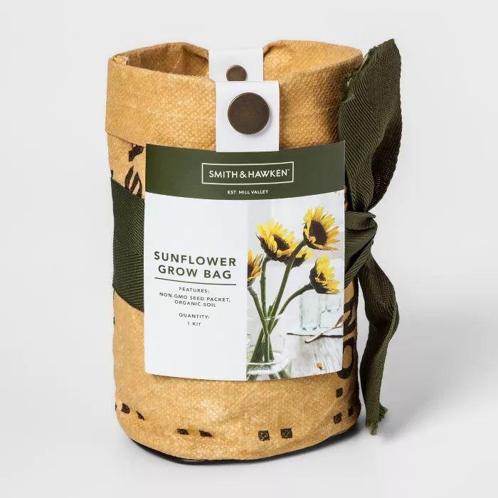 Grow Kits Sunflower Smith Hawken Affiliate In 2020 Grow Kit Home Vegetable Garden Grow Bags