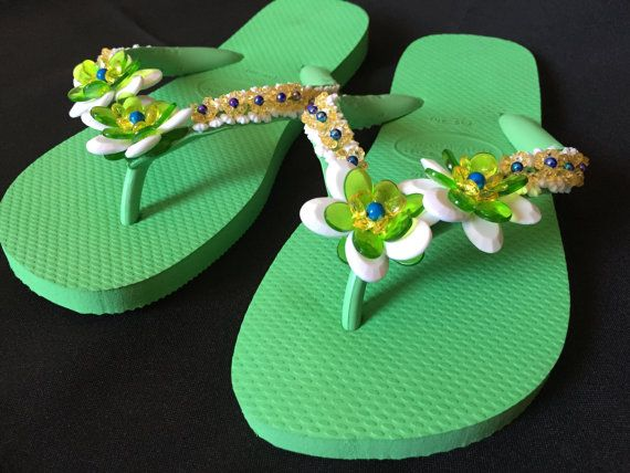 Brazilian Flip Flop Beach Wedding Bridal Shoes by CLVLArtsBrazil