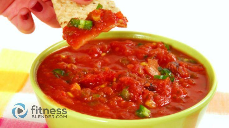 Salsa  Состав 1/3 Кубка свежей кинзой 4 Большие зубчика чеснока 5 средних помидоры 1 средняя луковица 1-2 перец халапеньо 1 может томатный соус 1 столовая ложка лимонного сока