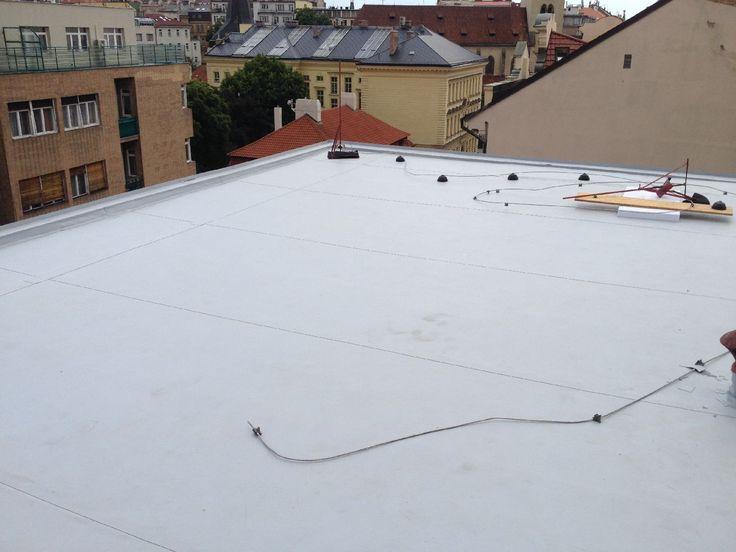 #Rekonstrukce ploché #střechy ve Štěpánské ulici v Praze.