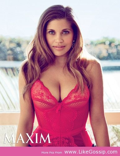 Danielle Fishel: Hot Photos Reveals Her Real T.G.I.F. TV Life Click Image To Read Full News
