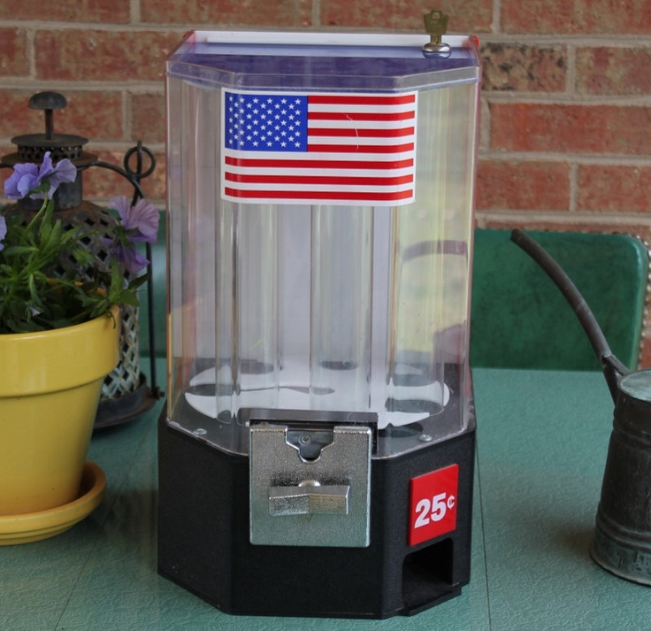 vending machine coin operated toy dispenser via etsy thisthatnthuther pinterest. Black Bedroom Furniture Sets. Home Design Ideas