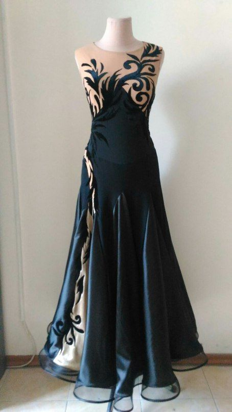 Платье для бальных танцев. Стандарт. Аппликация бархат.