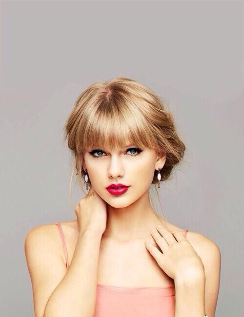 """Taylor Swift """"Gets"""" the Internet. Do You? Here are Business/Marketing Lessons from TAYLOR SWIFT."""