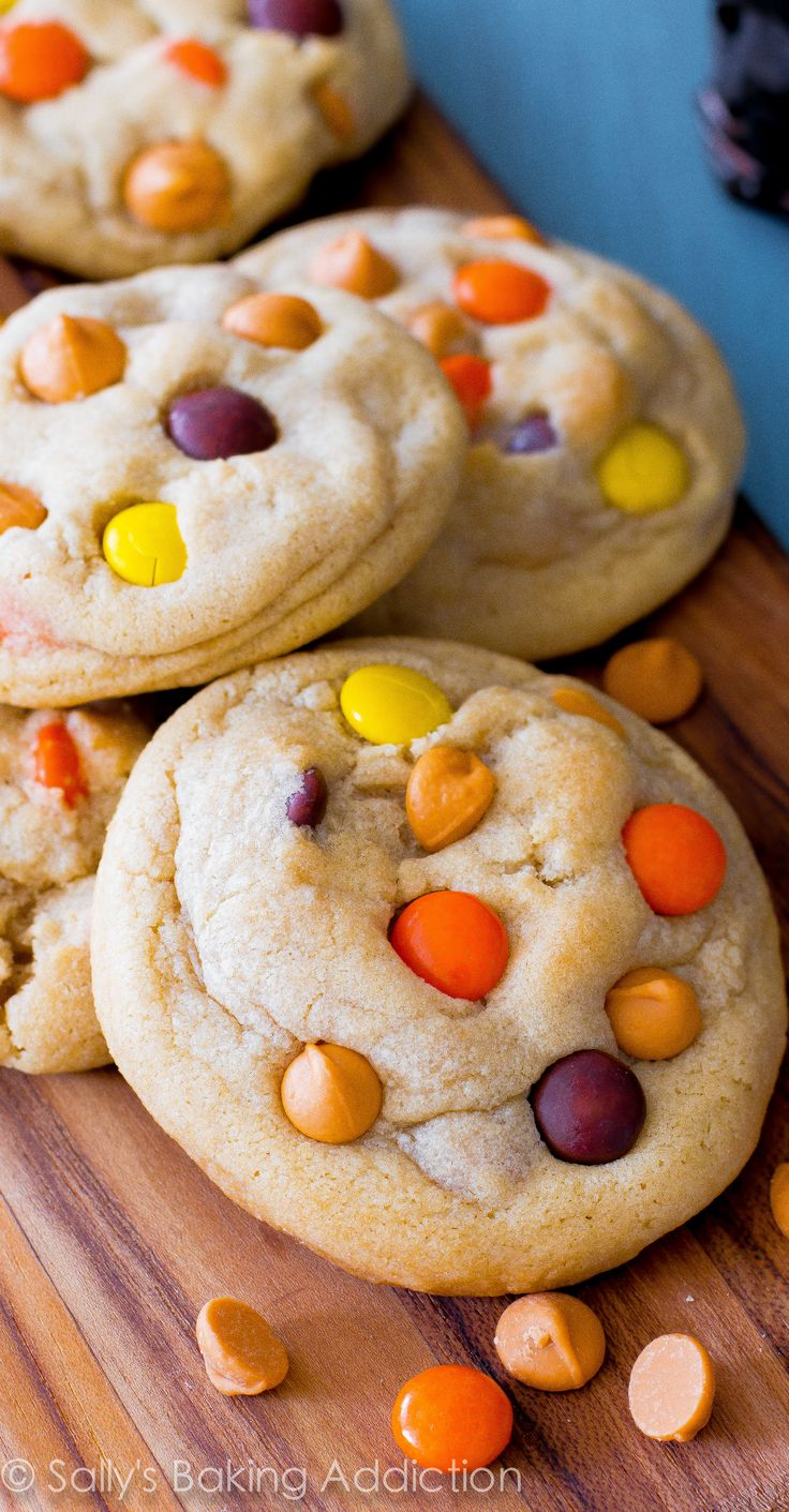 Quick & easy soft-baked cookies made with melted butter and an extra egg yolk – for extra chew! No mixer required. <3
