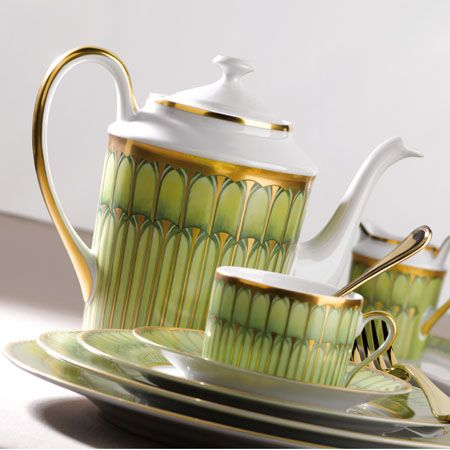 the Philippe Deshoulieres lime green Limoges china pattern called Arcades & 161 best Green and White China images on Pinterest | Dishes Tea ...