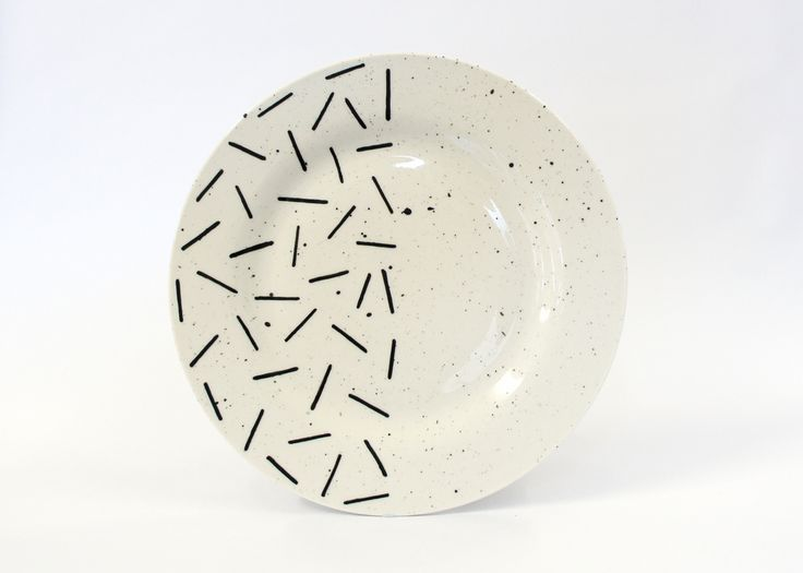 SQUIGGLE DINNER PLATE BY EL-AICH DESIGNS